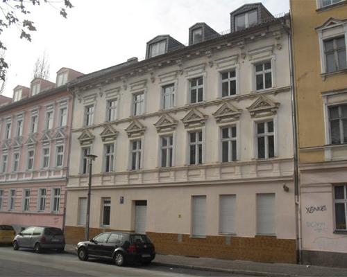 robert-uhrig-str-2-fassade